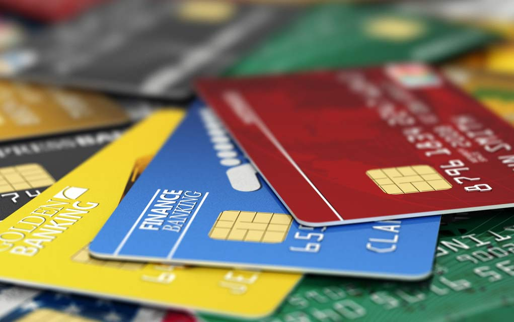 Best-Way-to-Use-Credit-Cards-to-Boost-Credit-Score