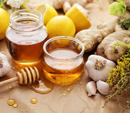 5 Medicinal Uses For Honey