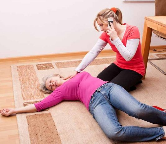 How to Help a Person Who's Fainted
