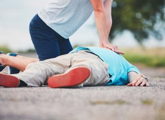 What You Should Do When Ribs Breaks During CPR