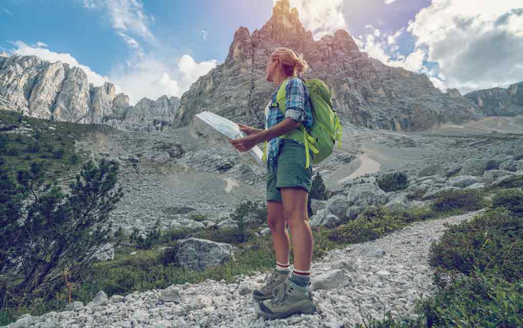 Here-is-the-First-Thing-You-Should-Do-if-You-Become-Lost-On-a-Hiking-Trip