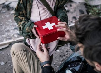 Outdoor First Aid Training - How to Treat a Broken Arm